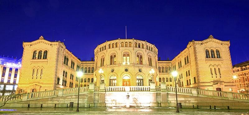 Stortinget il palazzo del parlamento norvegia for Struttura del parlamento